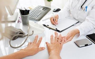 怎么治疗类风湿关节炎?